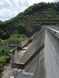八塔寺ダム